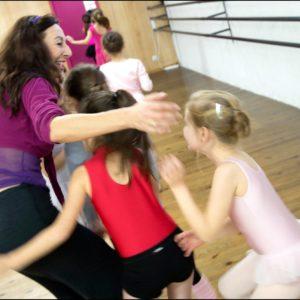 Le plaisir d'apprendre la danse avec Monique