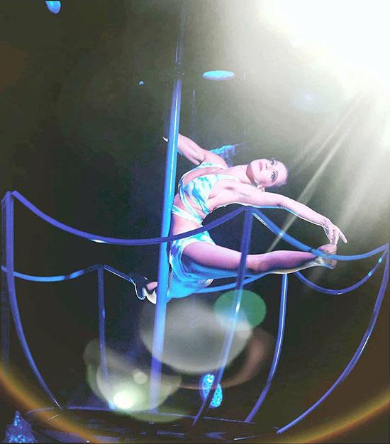 j-s-rouillon-danseuse